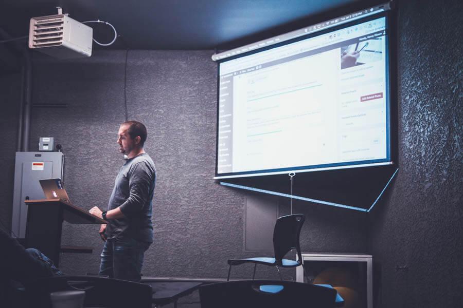 Formazione Digitale e Impatto sui Costi d'Impresa